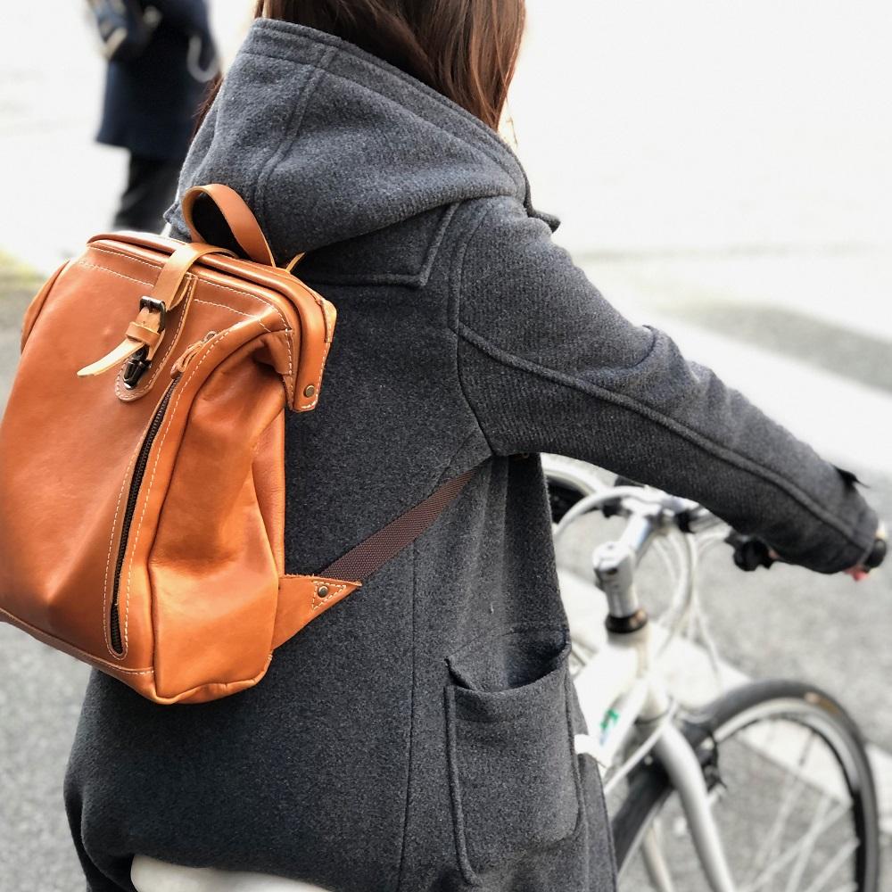 自転車でもしっかりフィットするスマートフィットが特徴です