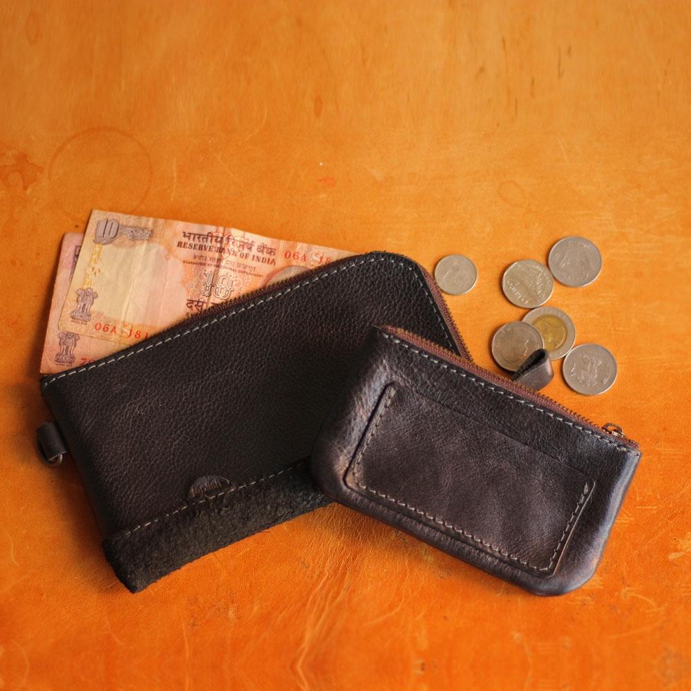 小銭入れが分離するタイプのリーズナブルスリム財布