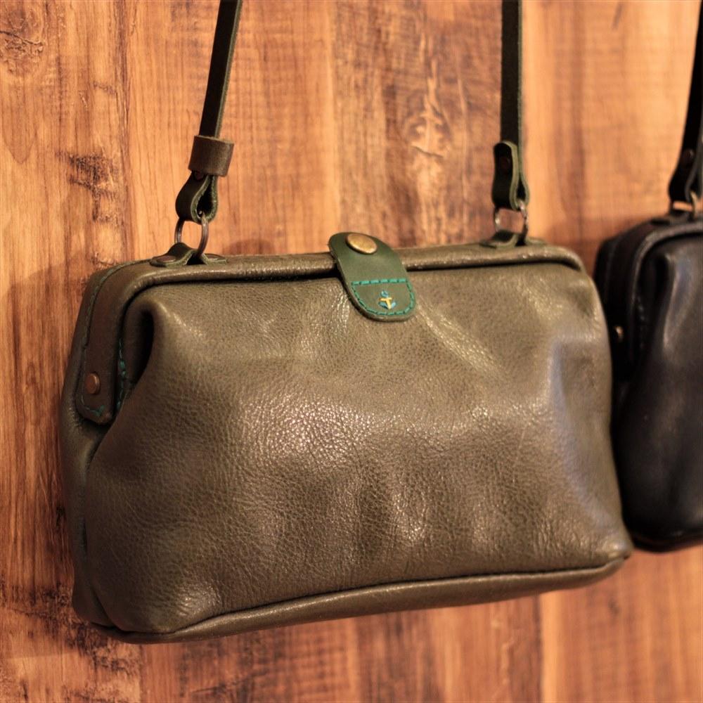 シンプルなデザインにすることで、一番人気のバッグになりました